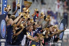 PSG Juara pertama piala liga prancis